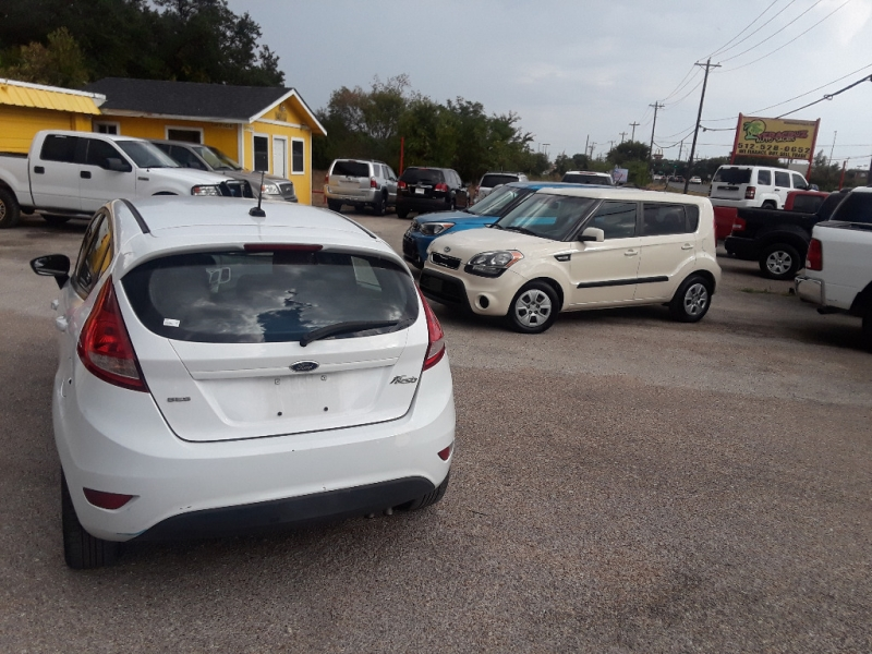 Ford Fiesta 2012 price $4,999