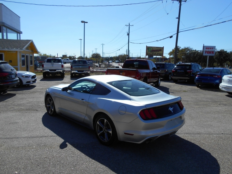 Ford Mustang 2015 price $13,999