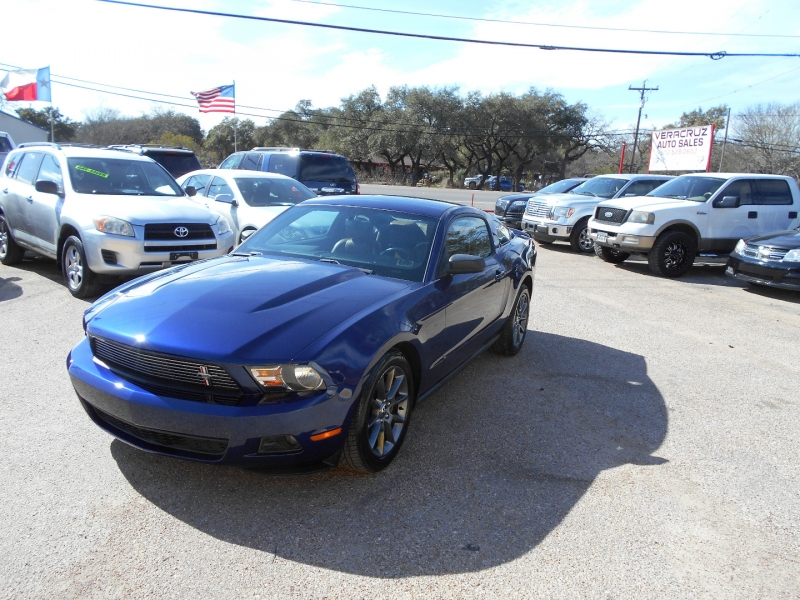 Ford Mustang 2011 price $12,950