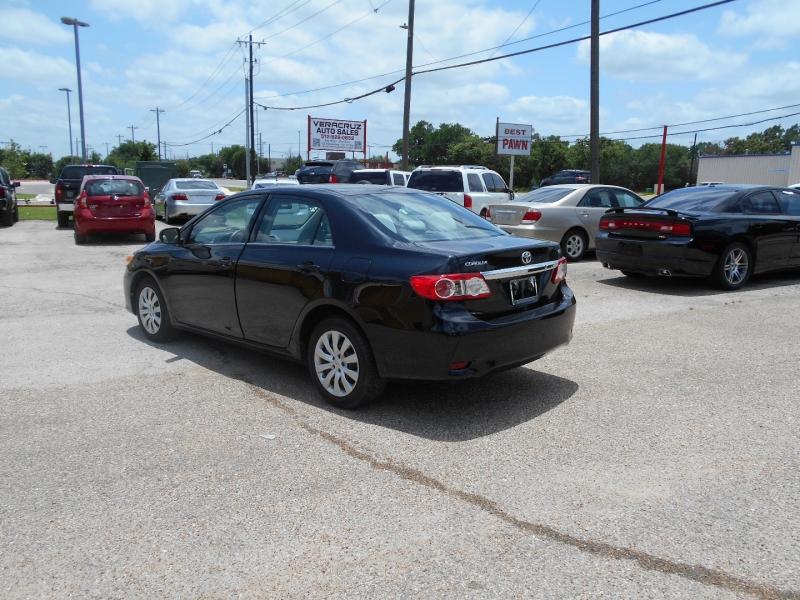 Toyota Corolla 2013 price $12,950