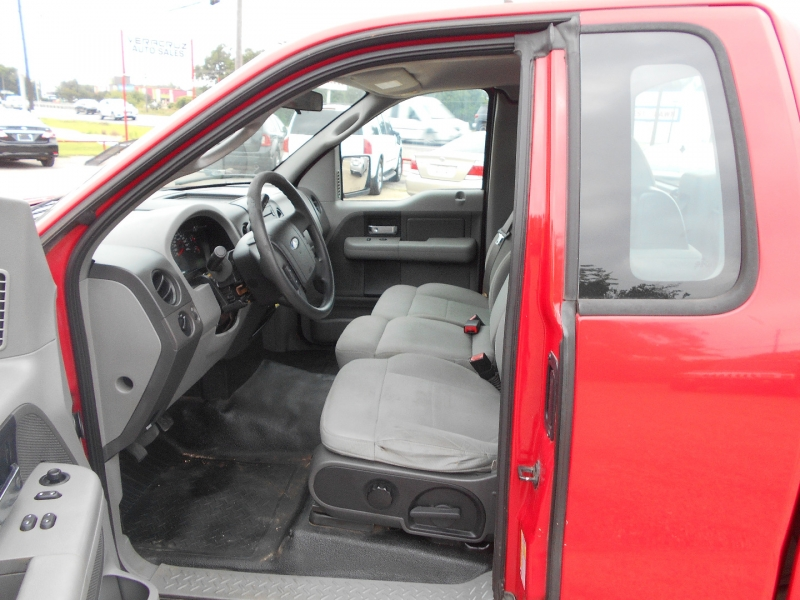Ford F-150 2007 price $10,950