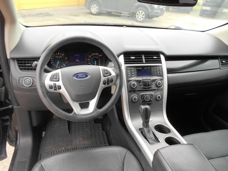 Ford Edge 2013 price $15,950