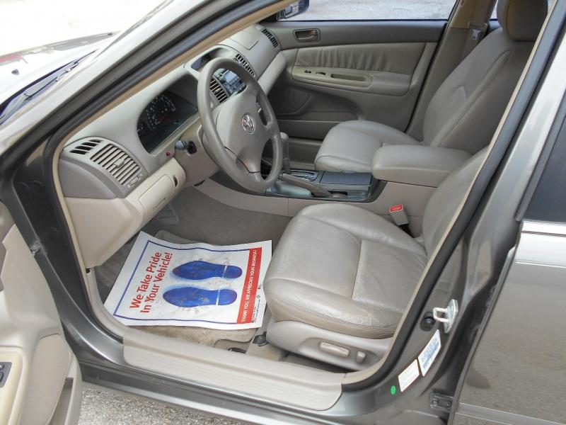 Toyota Camry 2003 price $9,950