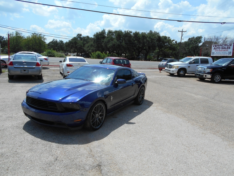Ford Mustang 2012 price $15,500