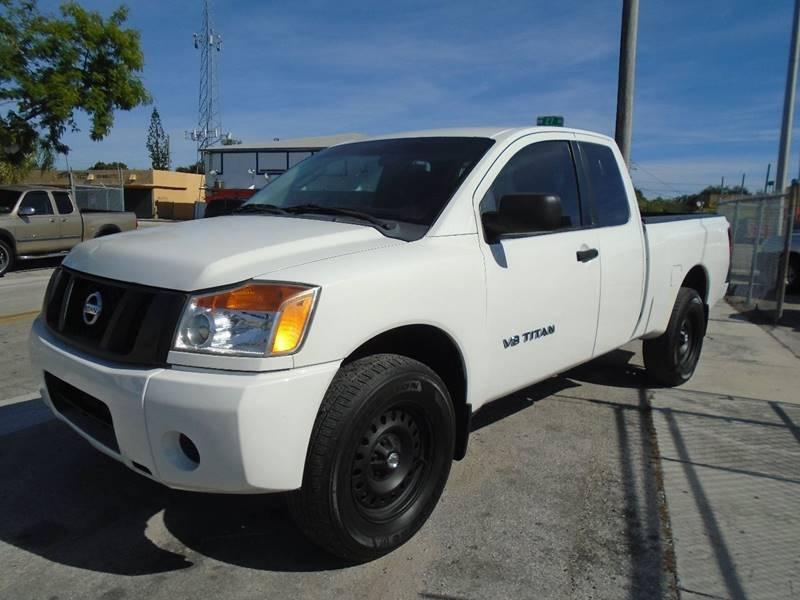 Nissan Titan 2011 price $8,995