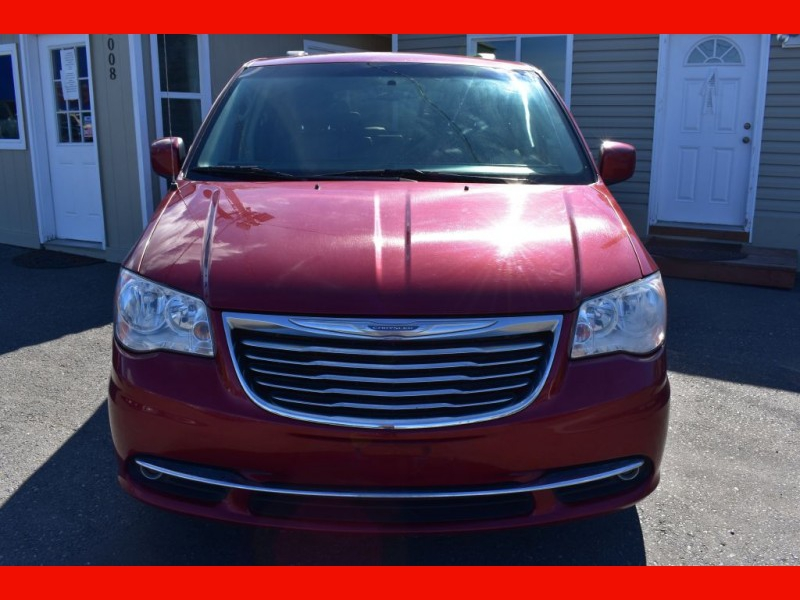 CHRYSLER TOWN & COUNTRY 2014 price $10,999
