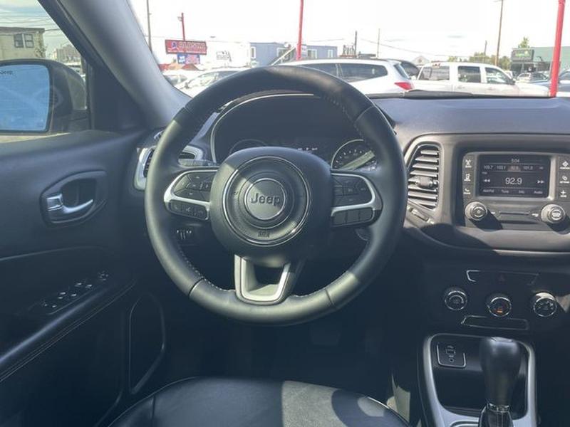 Jeep Compass 2017 price $23,999