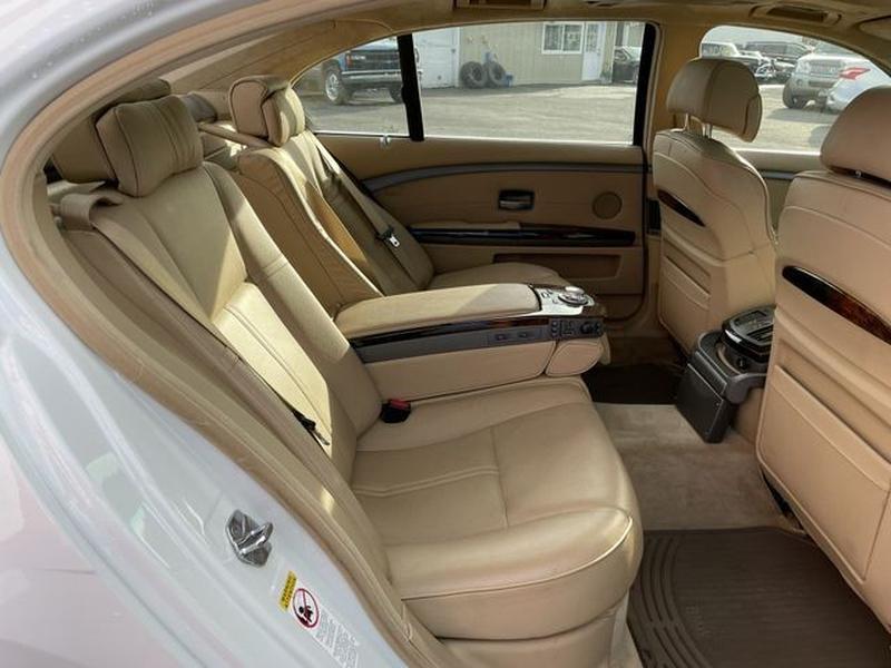 BMW 7 Series 2005 price $22,999