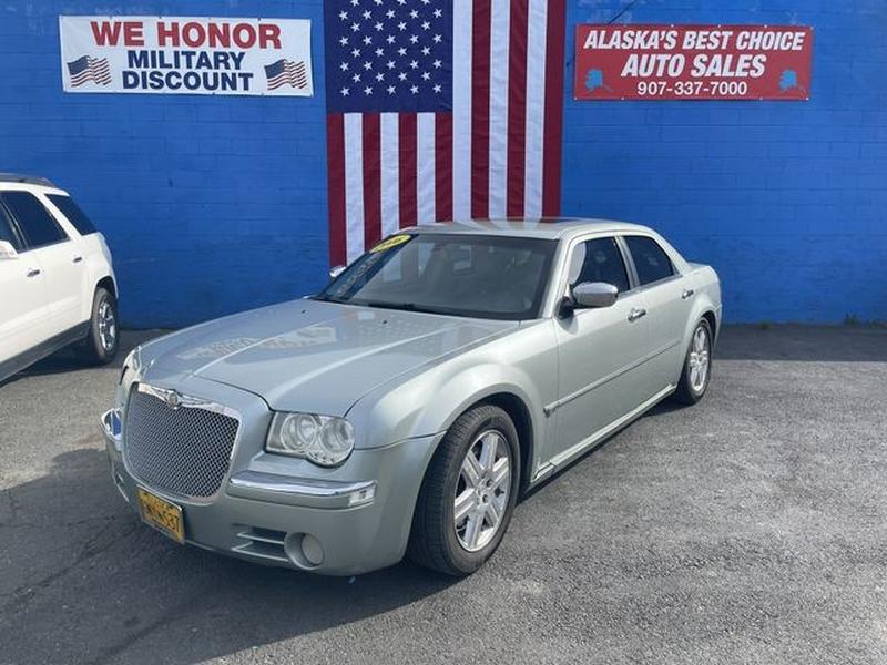 Chrysler 300 2006 price $8,999
