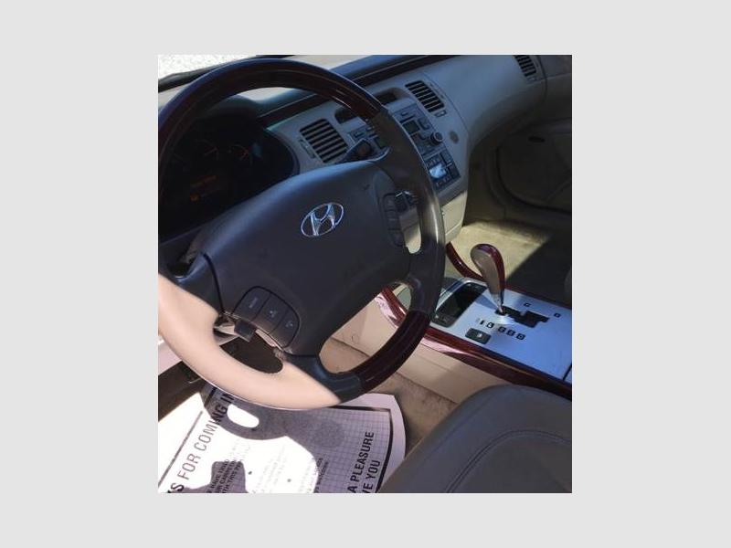 HYUNDAI AZERA 2006 price $2,500