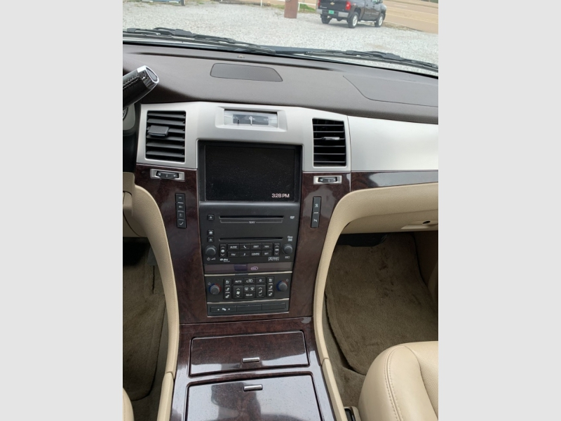 CADILLAC ESCALADE 2010 price $16,500