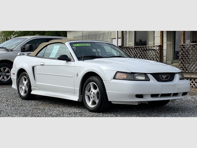 FORD MUSTANG 2003 price $5,995