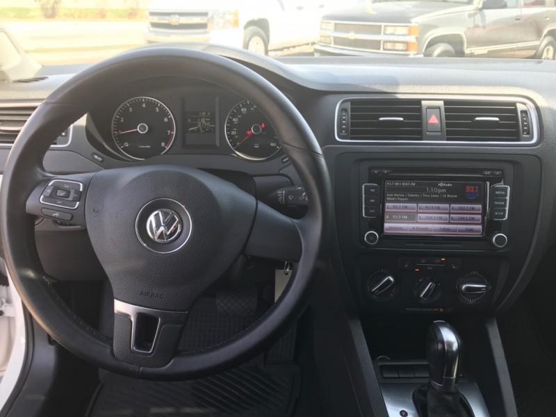 Volkswagen Jetta 2013 price $0