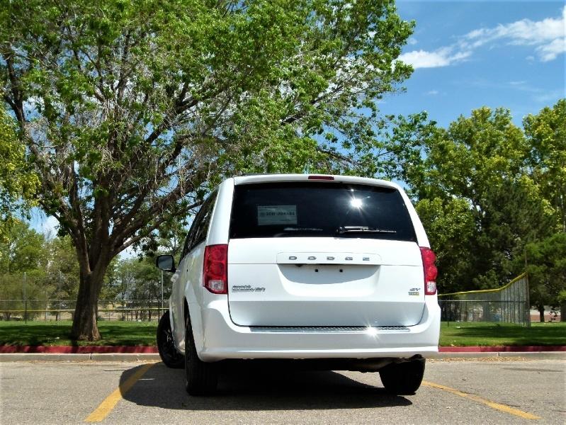 Dodge Grand Caravan 2019 price $18,000