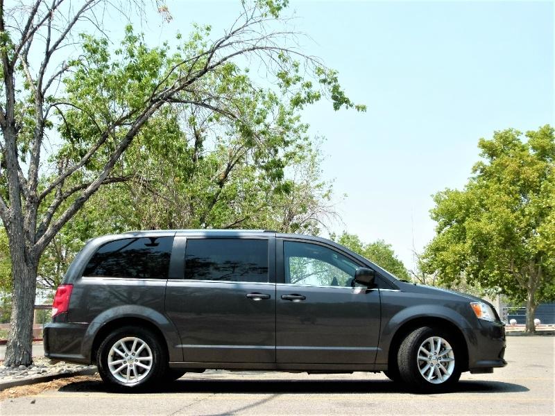 Dodge Grand Caravan 2019 price $15,400