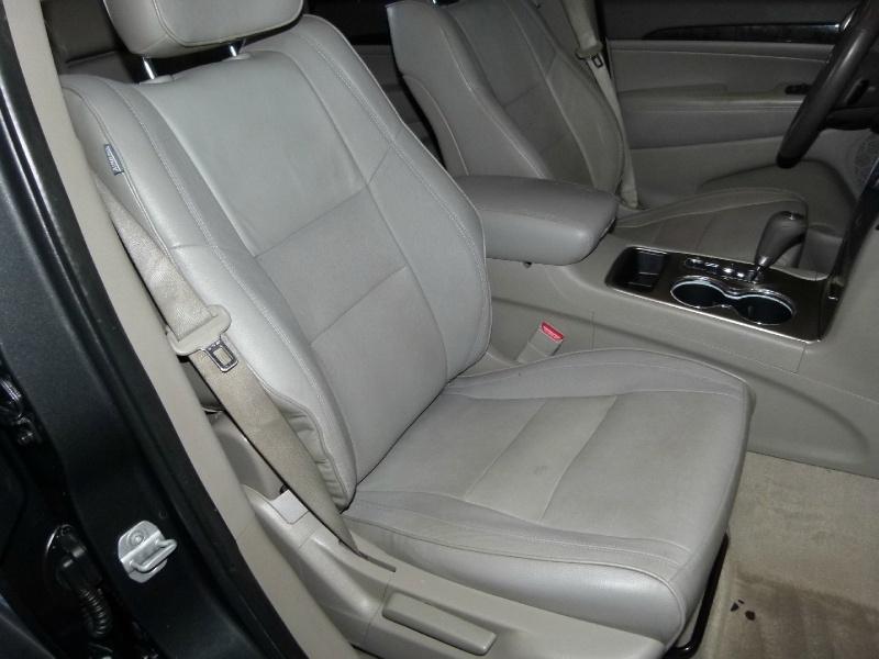 Jeep Grand Cherokee 2011 price $11,000