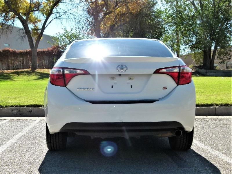 Toyota Corolla 2014 price $11,000