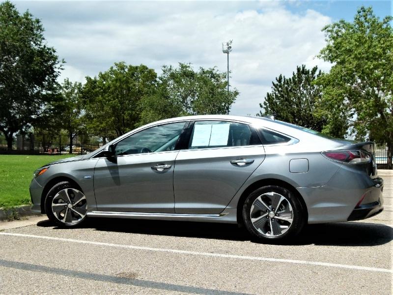Hyundai Sonata Hybrid 2018 price $18,800