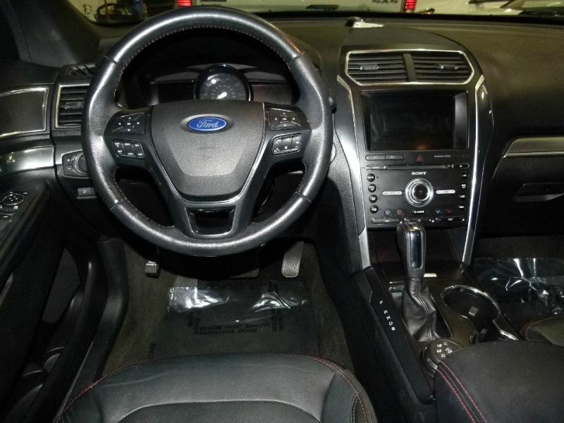 Ford Explorer 2017 price $28,800