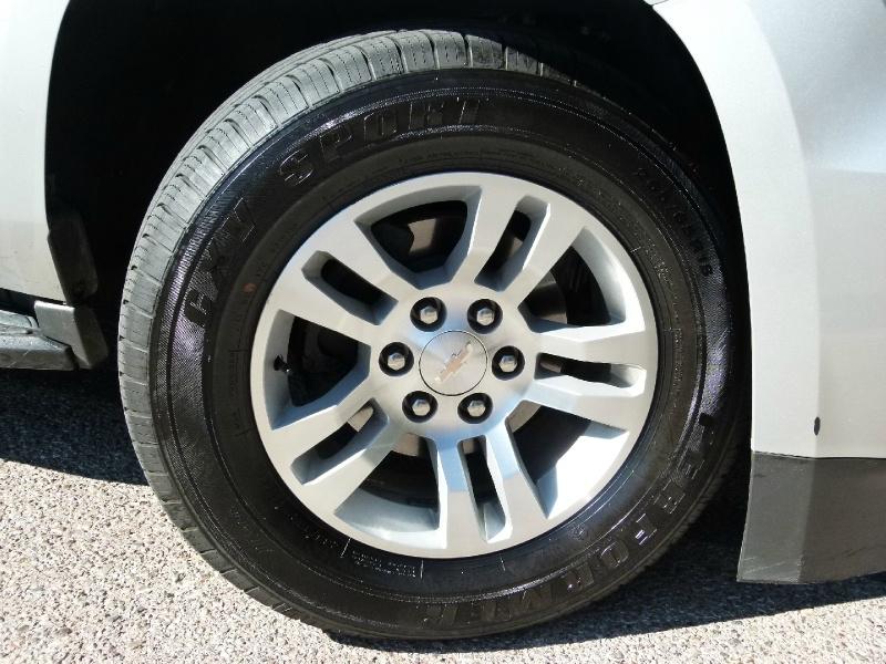 Chevrolet Suburban 2019 price $44,200
