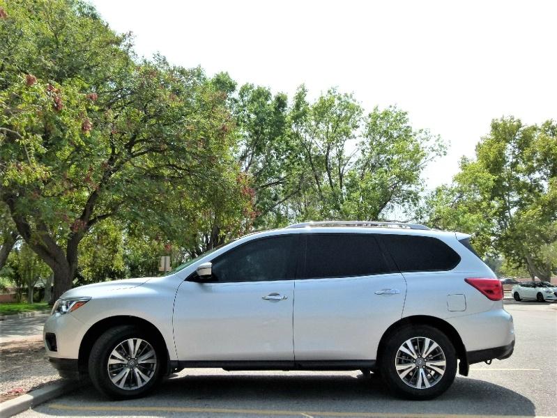 Nissan Pathfinder 2017 price $21,400