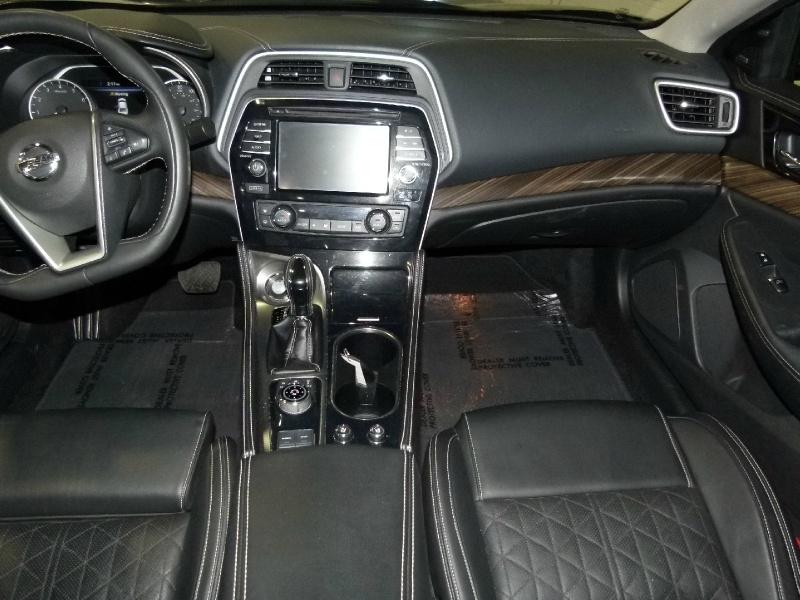 Nissan Maxima 2018 price $28,000