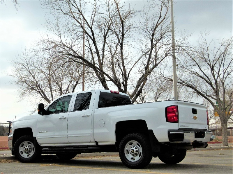 Chevrolet Silverado 2500HD 2017 price $27,600