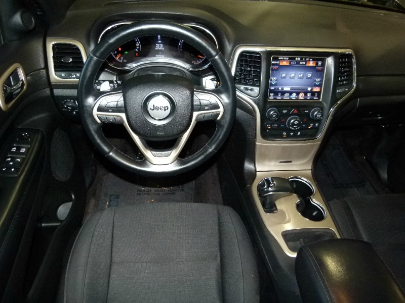 Jeep Grand Cherokee 2015 price $15,400