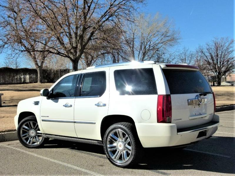 Cadillac Escalade 2014 price $28,000