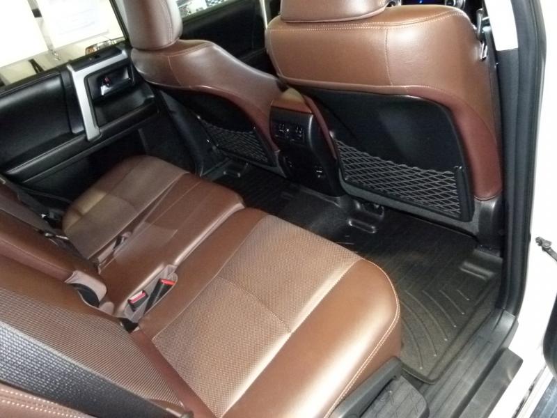 Toyota 4Runner 2016 price $30,700