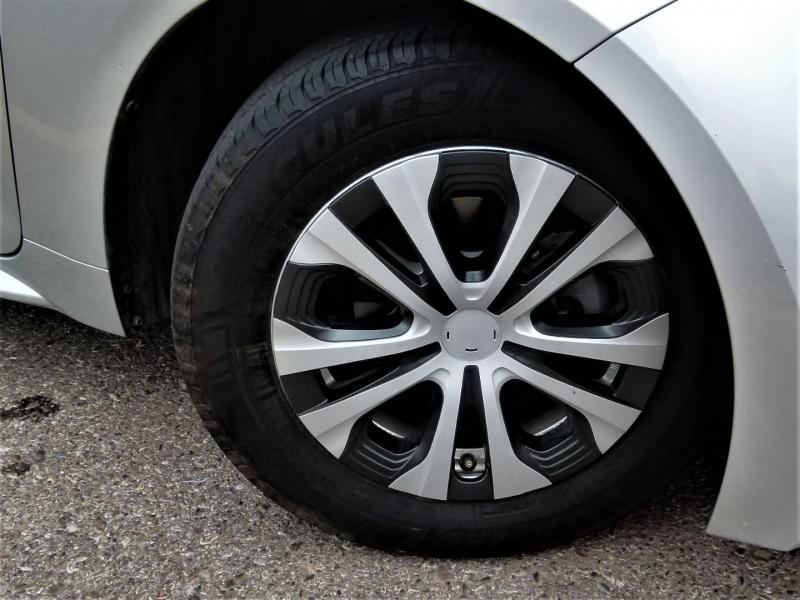 Toyota Corolla 2020 price $17,700