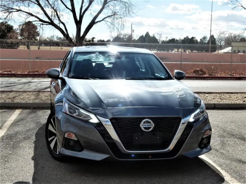 Nissan Altima 2019 price $24,500