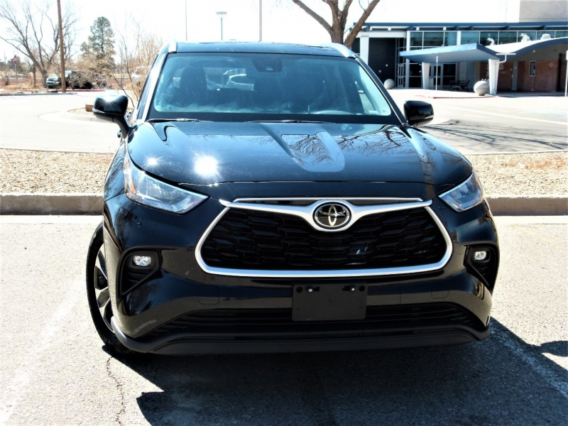 Toyota Highlander 2020 price $35,000