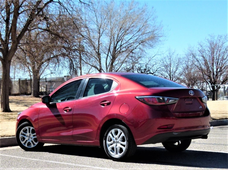 Toyota Yaris iA 2017 price $12,400
