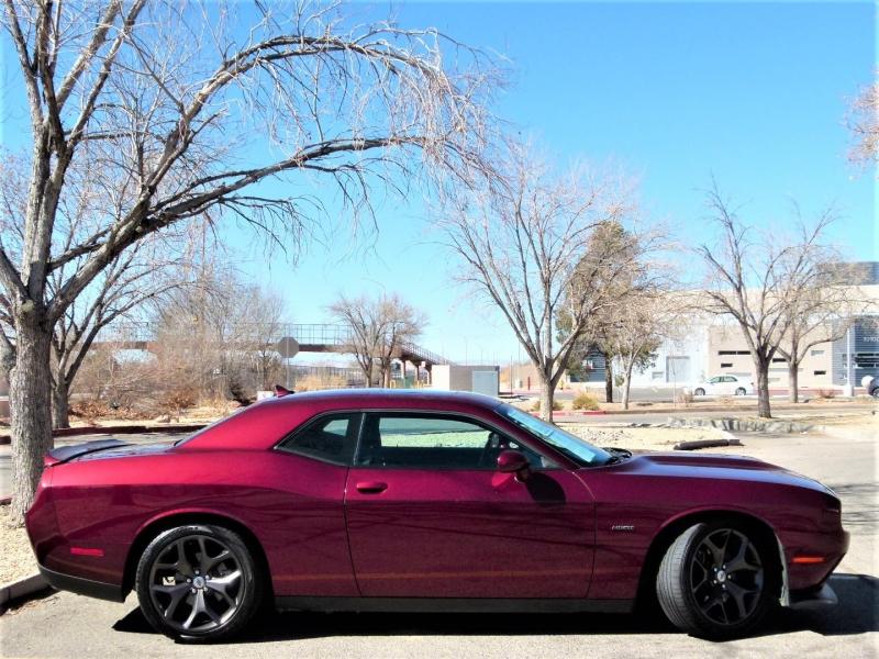 Dodge Challenger 2019 price $30,000