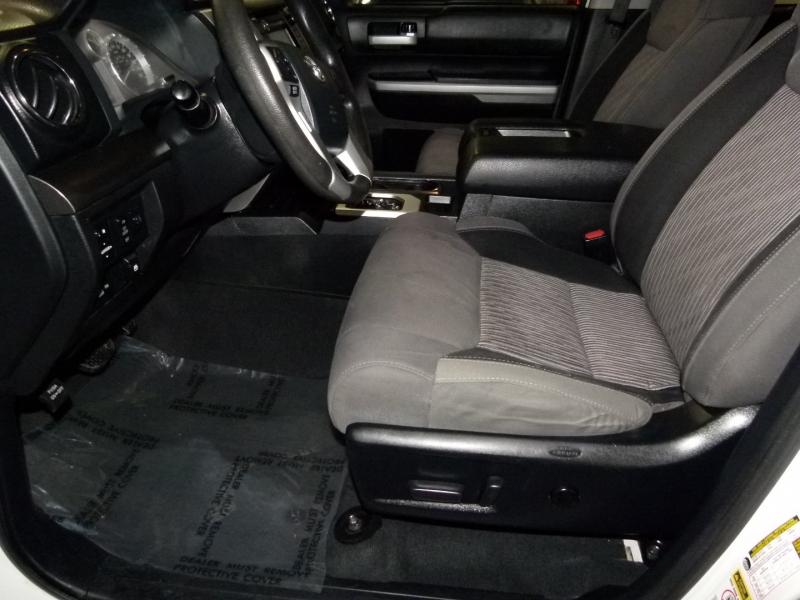 Toyota Tundra 4WD Truck 2014 price $28,500