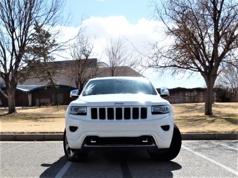 Jeep Grand Cherokee 2015 price $28,000