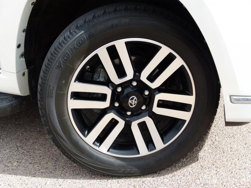 Toyota 4Runner 2016 price $37,000