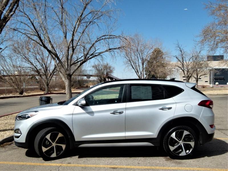 Hyundai Tucson 2018 price $22,800