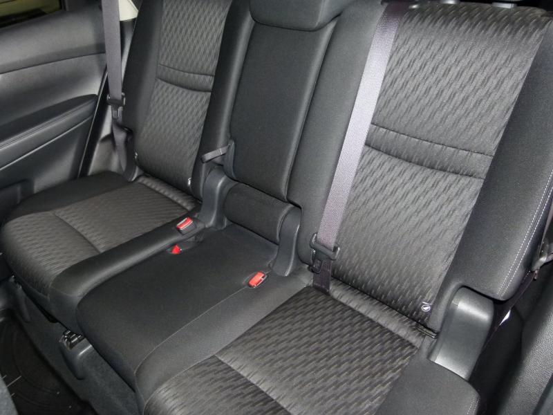 Nissan Rogue 2019 price $23,500
