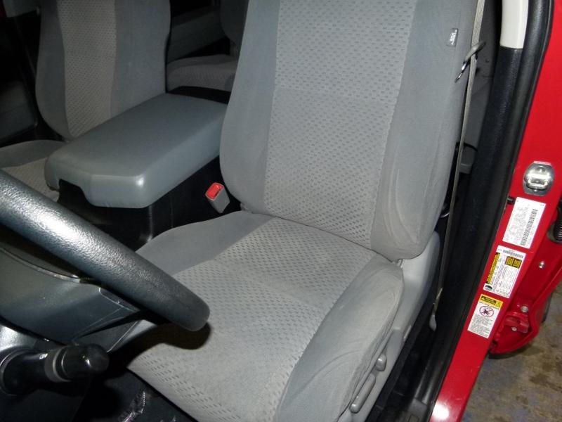 Toyota Tundra 4WD Truck 2013 price $26,000