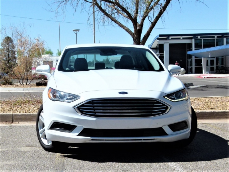 Ford Fusion Hybrid 2018 price $17,700