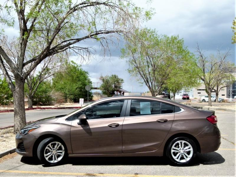 Chevrolet Cruze 2019 price $20,400