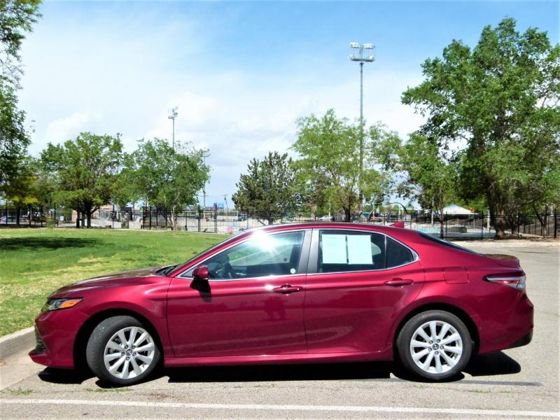 Toyota Camry 2020 price $25,000