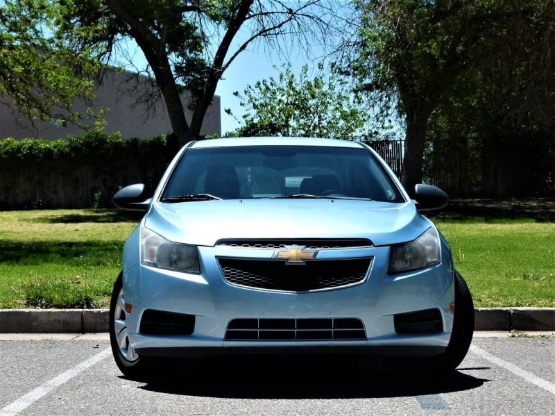 Chevrolet Cruze 2012 price $8,000
