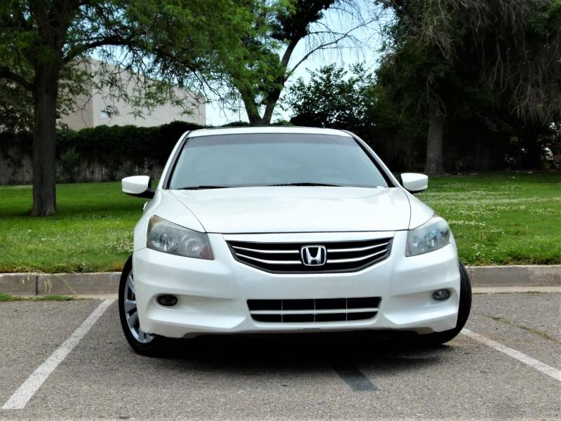 Honda Accord Sdn 2011 price $11,400