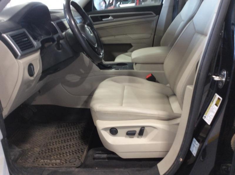 Volkswagen Atlas 2019 price $29,000