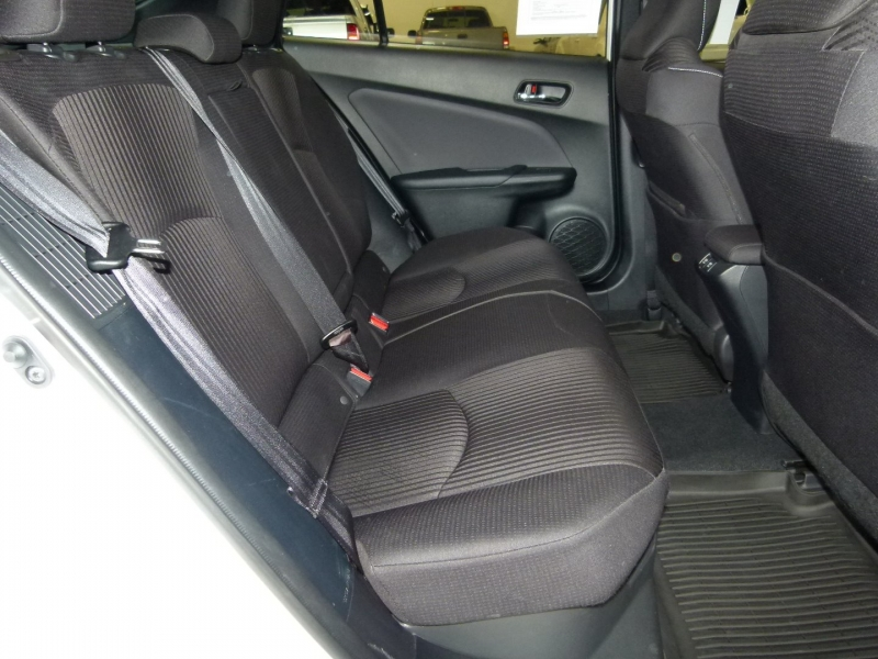 Toyota Prius Prime 2021 price $29,000
