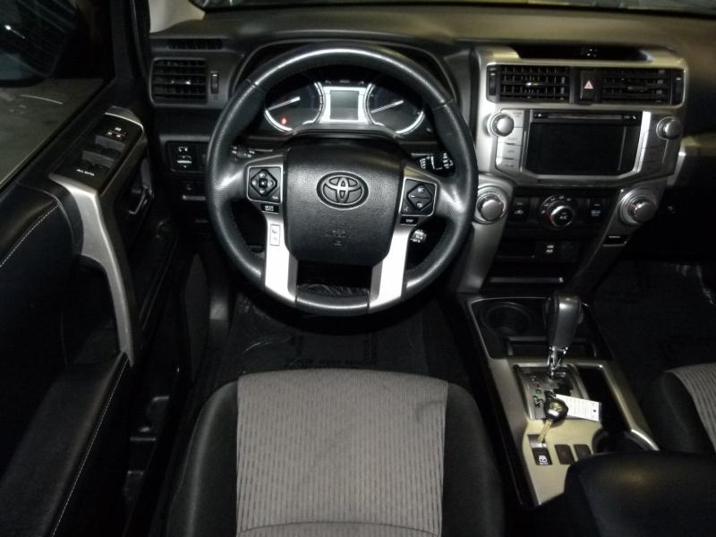 Toyota 4Runner 2018 price $38,000