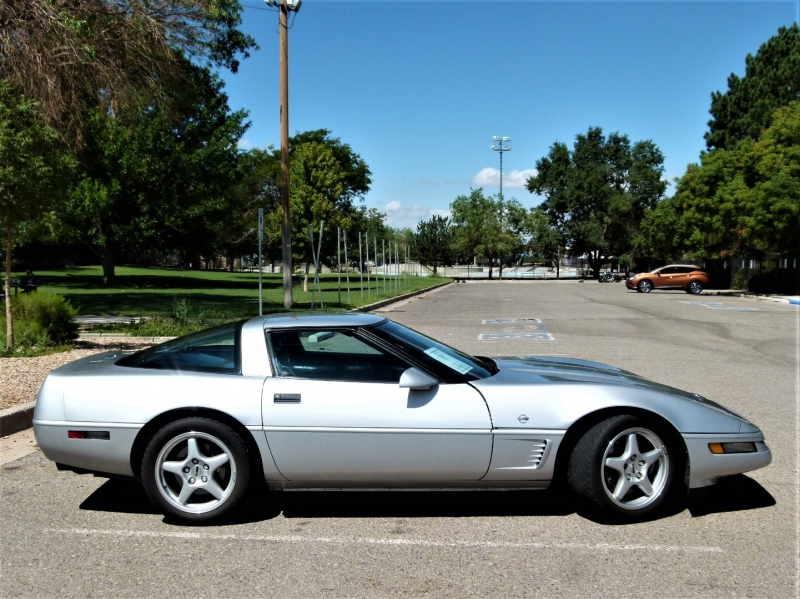 Chevrolet Corvette 1996 price $16,000